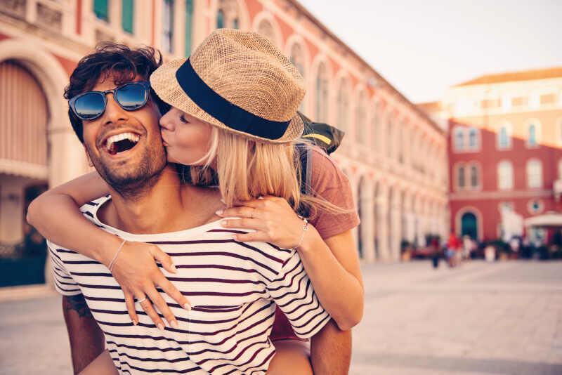 come si impara a baciare con la lingua