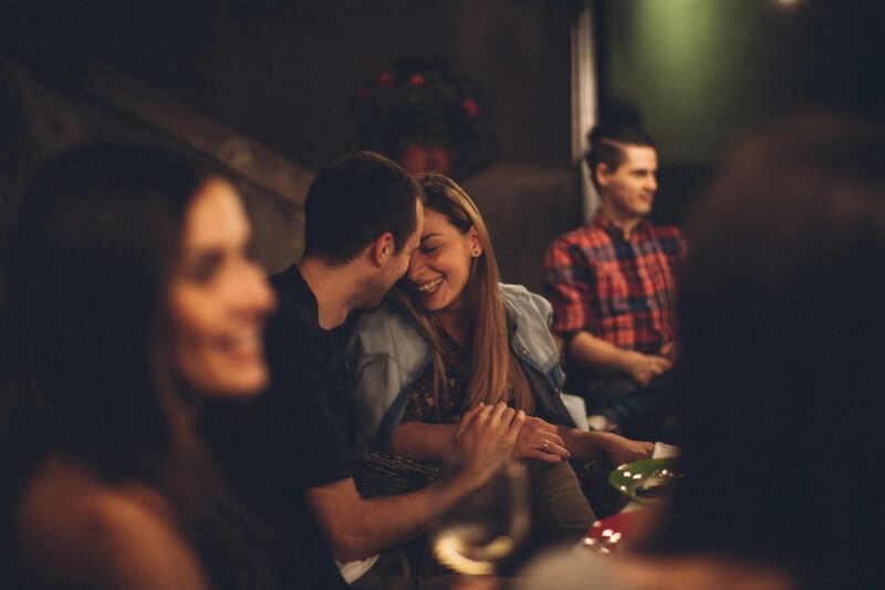 Flirtare Significato