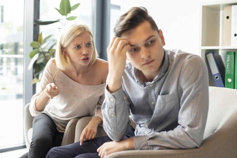 provare rabbia verso il partner