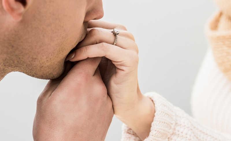 quando un uomo sposato ti corteggia
